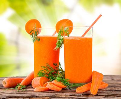 2 Gläser Karottensaft – Hausmittel gegen Durchfall