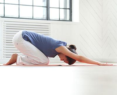 Regelmäßige Bewegung und Entspannung können Völlegefühl lindern oder gar nichte erst entstehen zu lassen.